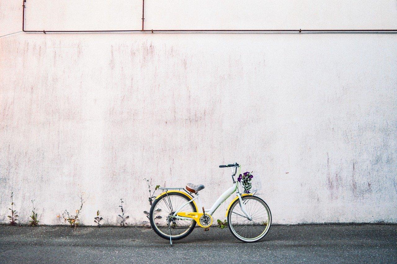 Jak wiele możne kosztować rower? Tyle ile samochód, a czasem tyle ile willa.